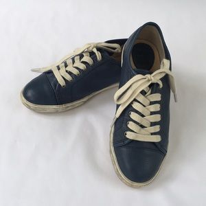 Frye Navy Soft Leather Sneaker. Youth size 3.